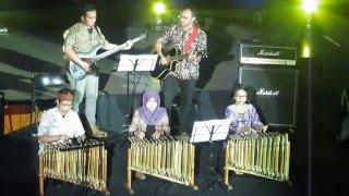 Medley Traditional Song - Bulan Seni Budaya UK Petra 2016