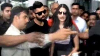 Kohli, Anushka arrive in Kolkata for IPL opening ceremony