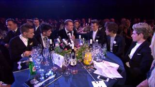 One Direction Chat To James Corden At Their Table | BRITs 2013