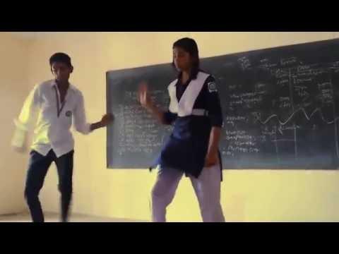 নাচতে গিয়ে মেয়েটা যা দেখাল    bangla new song aite dekhi jaite dekhi    funny dance  funny video