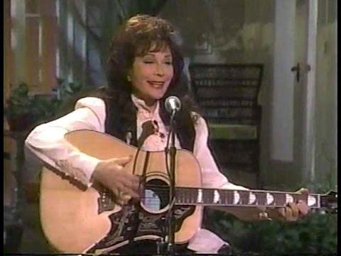 Roseanne interviews Loretta Lynn 1998