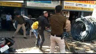 Police gunda gardi(1)