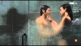 TWD 6x15 maggie y glenn en la ducha