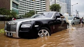 Latest Car Accident of Rolls Royce Ghost - Road - Crash - Compilation - Traffic - 2016 - 2017 - 2018