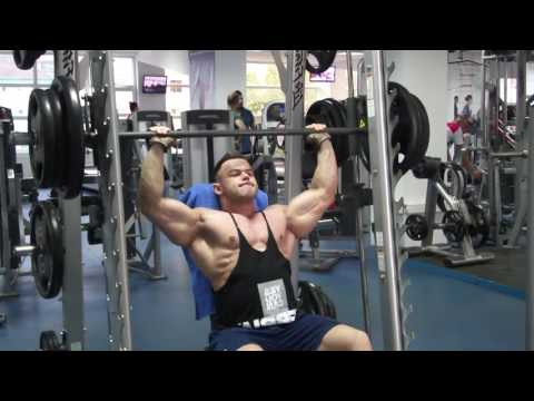 Smith machine shoulder press , negative slow contraction with pause