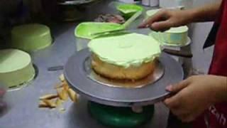 menghias kek