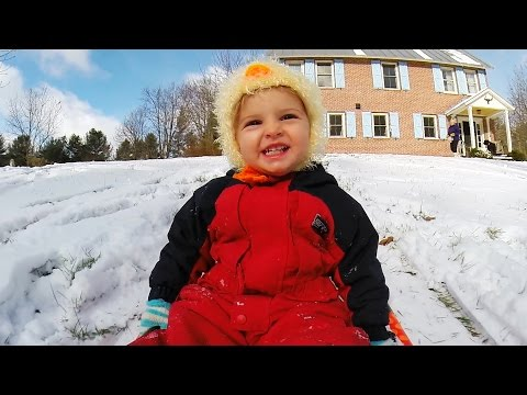 GoPro: Stella & Quincy's First Snow Experience - TV Commercial
