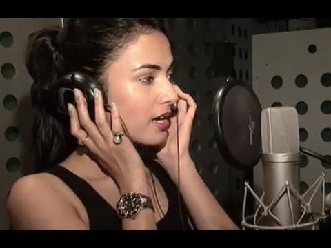 Xxx Mp4 Making Of Kaise Bataaoon Video Song 3G Sonal Chauhan 3gp Sex