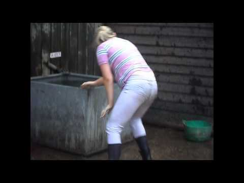 Xxx Mp4 BonitaEquine Is 15 In The Water Troff And MY BIRTHDAY PRESENT 3gp Sex