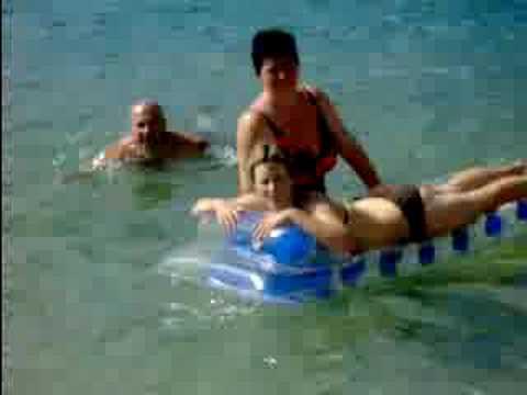 Fürdés az Adriában