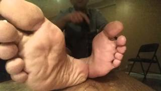 Sniff & lick my man feet/not too fast it tickles!