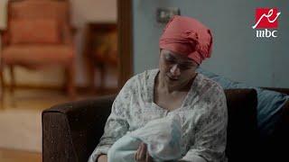 لحظة مع ابنك تسوى كنوز الدنيا.. كريمة تتحدث مع طفلها وهو في حضنها