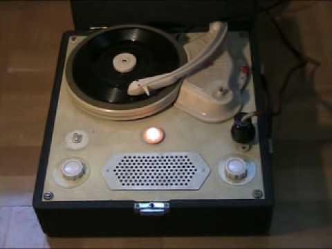 Gramofon Karolinka WW GE56 2