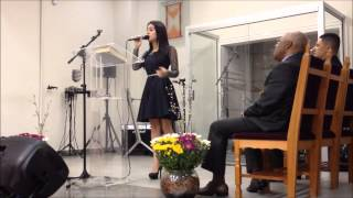 Michely Manuely - O Seu Amor ( You raise me up - Josh Groban) HD