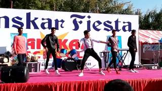 Extreme dance on Sanskar fiesta
