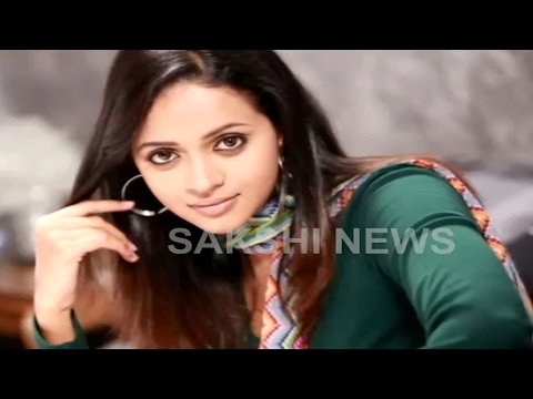 Malayalam actress Bhavana kidnapped and abused by a bunch of men including her former driver