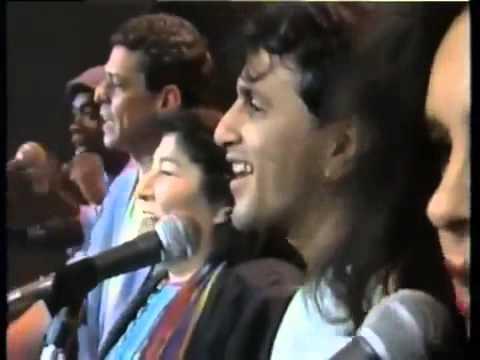 Mercedes Sosa Chico Buarque Caetano Veloso Milton Nascimento e Gal Costa Volver a los 17