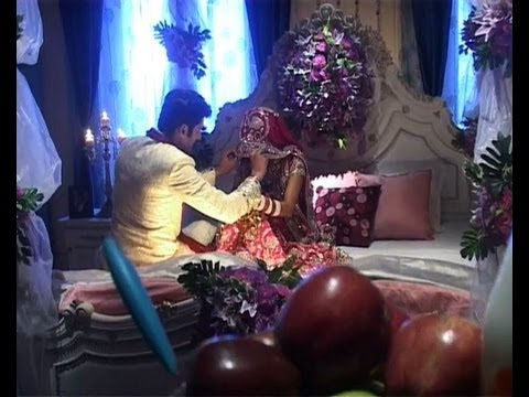 Xxx Mp4 Bani Parmeet First NightSuhagraat Scene On Bani Ishq Da KalmaColors TV Serial Upcoming Episode 3gp Sex