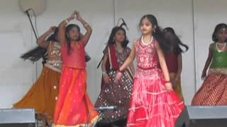 Dhol Baje Diya performance