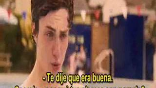 Angus Thongs and perfect snogging kiss scene spanish sub.wmv