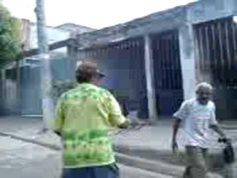 briga de bebados cachaça não é água video oficial