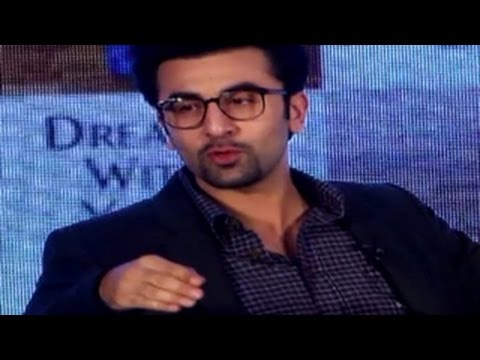 Ranbir Kapoor WALKS OFF when asked about WEDDING with Katrina Kaif