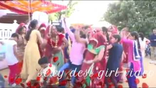 Hot desi girl dance...