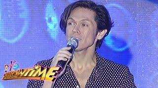It's Showtime ToMiho: Mig Ayesa serenades ToMiho