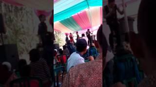Sambalado with teteh leunyay asoy di giteuk coy