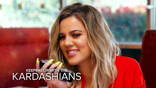 KUWTK | Khloe Kardashian & Kris Jenner Prank Kourtney at Lunch | E!