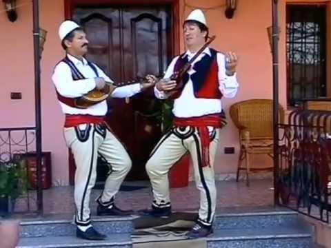 Video Musicale Vëllezrit Lleshi Këngë Kushtuar Gjin Prengë Markut