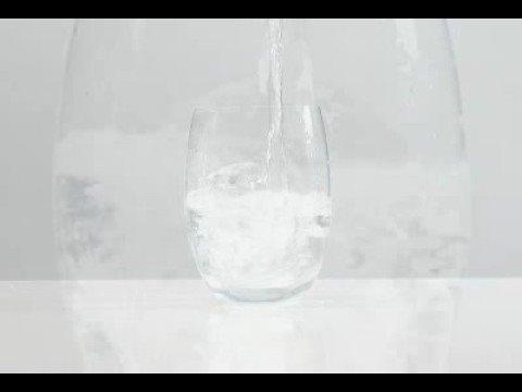 suntory natural mineral water 2007 japan cf cm korean model student film BGM ode copy  いいものは分かりやすい 水