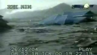 tsunami video   Banda Aceh in Indonesia
