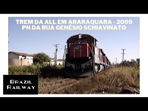 Trem da ALL em Araraquara PN da rua Genésio Schiavinato