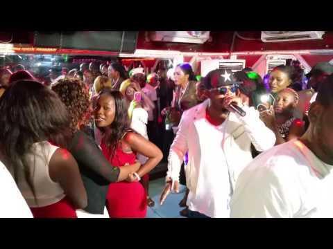 Yoro beau swagg  abuki Brazzaville concert bana basi babini mitakala