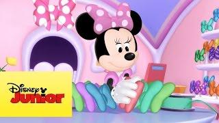 Minnie Toons - La hue-aventura de Cucu Loca