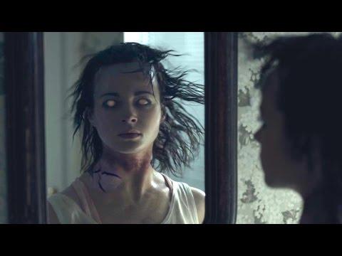 AT THE DEVIL'S DOOR Bande Annonce VF (Horreur - 2015)