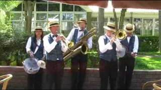 Alexander's Ragtime Band - Dixieland Crackerjacks