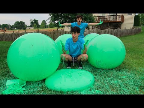 WE MADE SLIME WUBBLE BUBBLES THIS GOT MESSY
