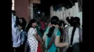 Garry purohit gond mad while dancing on dhol thali music at jalori gate, jodhpur