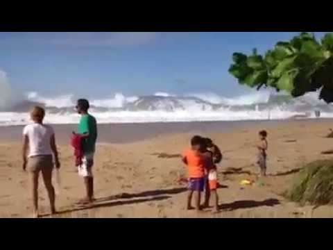 Tsunami llega de repente INCREIBLE