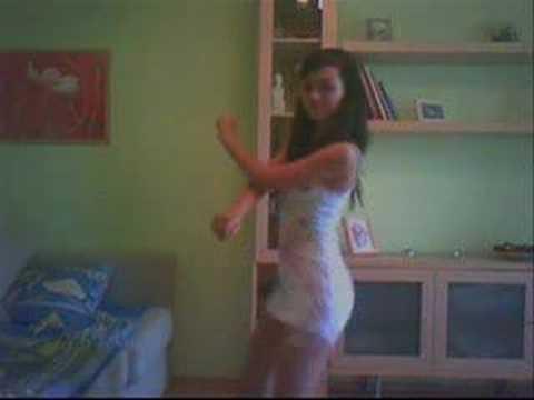 Cubanita Bailando Perreo en MArte