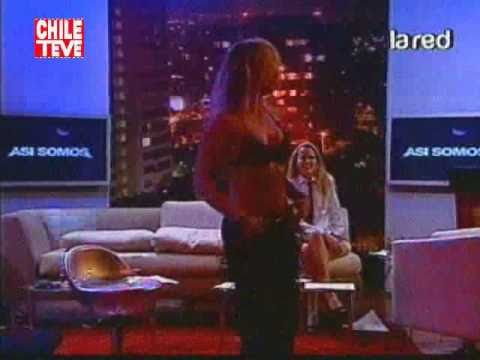 Javiera Acevedo striptease (Asi Somos 25/01/11)