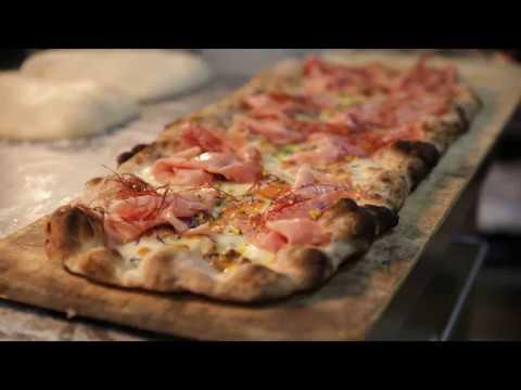 Roman Pizza a la Pala Recipe with Polselli Super Flour