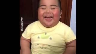 Komik Bebek Gülüşü