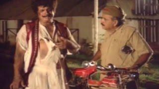 Comedy Scene - Kader Khan After Dhulai @ Gangvaa - Rajnikanth, Shabana Azmi