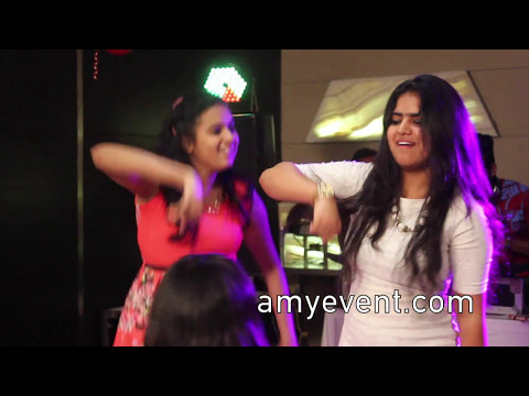 beautiful NRI Indian girls dancing