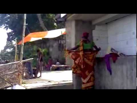A BANGLADESHI WOMAN HOW TO DRESS CHANGE