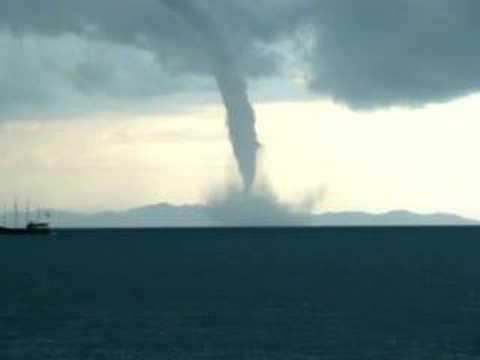 Tornado Tromba d Água em Florianópolis