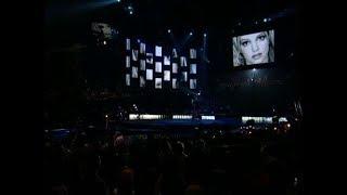 Britney Spears - Stronger (Live From Las Vegas 2001)